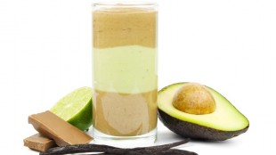 Avocado smoothies with chocolate